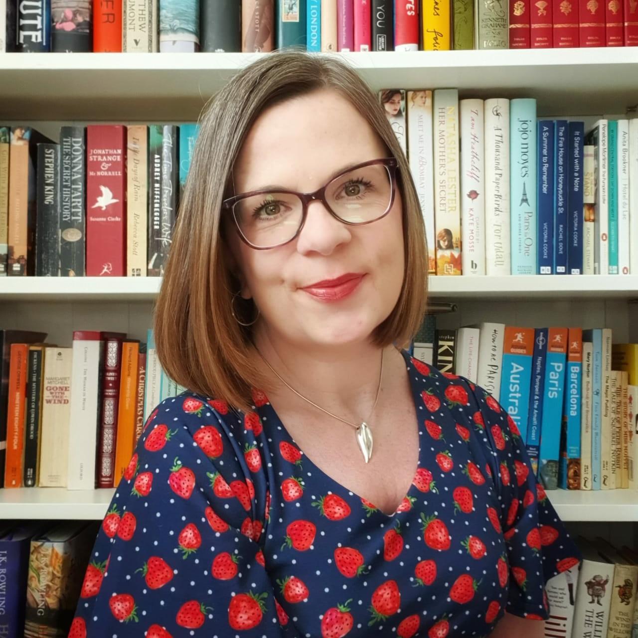 The Summer Rachel Burton Author Photo